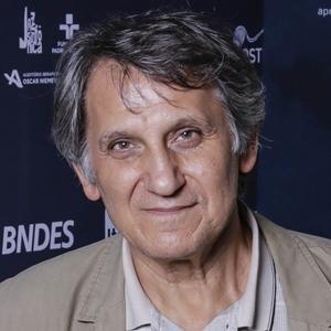 """Árpád Sopsits, diretor de """"Estrangulado"""""""