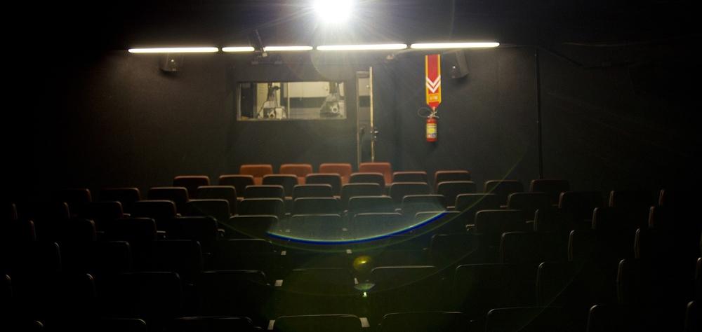 Confira as salas que oferecem sessões gratuitas ou ingressos populares