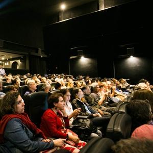 Domingo na Mostra tem sessão com acessibilidade, filmes seguidos de debates e d...