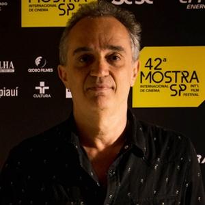 """João Vargas Penna, diretor de """"Filme Paisagem: Um Olhar sobre Roberto Burle M..."""