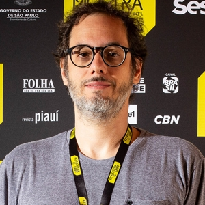 "Leonardo Domingues, diretor de ""Simonal"""