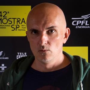 """Piotr Subbotko, diretor de """"Um Buraco na Cabeça"""""""