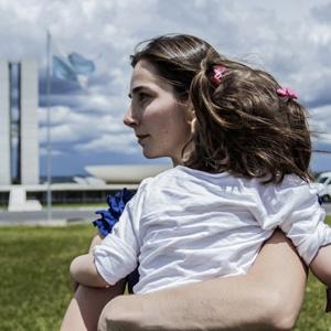 """""""Conversas entre Cinema e Militância"""" tem exibição do documentário Ilega..."""