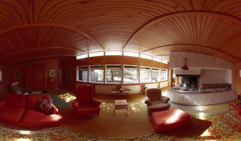 A VIRTUAL REALITY'S VISIT AT BERGMAN'S DREAM HOUSE