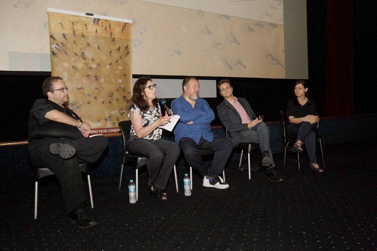 Cinearte 1 / Debate com o diretor Ai Weiwei após a sessão de seu filme Human Flow. Marcelo Dantas (curador), intérprete de Ai Weiwei, o diretor, Mário César Carvalho (Folha de S.Paulo) e Renata de Almeida (diretora da Mostra)