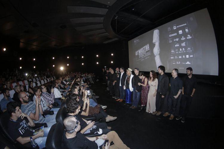 Espaço Itaú de Cinema - Augusta 1 / Equipe de Beijo no Asfalto, de Murilo Benício, na sessão do filme