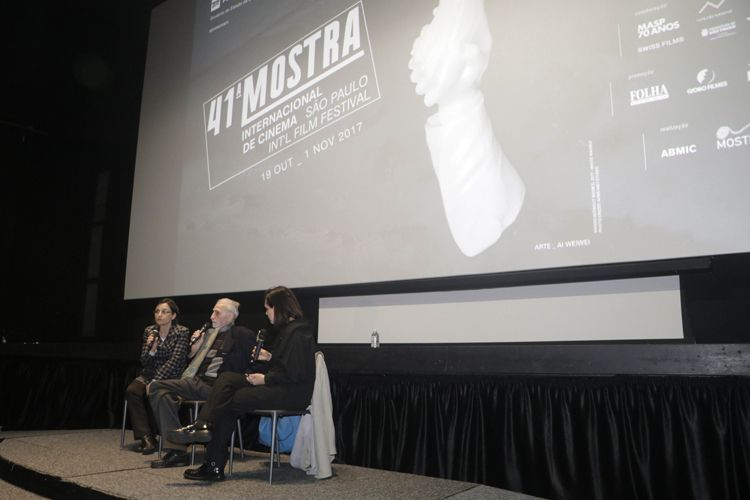 Cinesesc / O diretor de Os 7 Desertores, Paul Vecchiali, sua intérprete e a mediadora Mona Dorf no debate após a sessão do filme