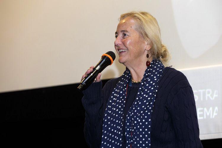 Espaço Itaú de Cinema - Augusta 4 / A diretora Alice Schmid apresenta seu filme A Garota do lago Änzie