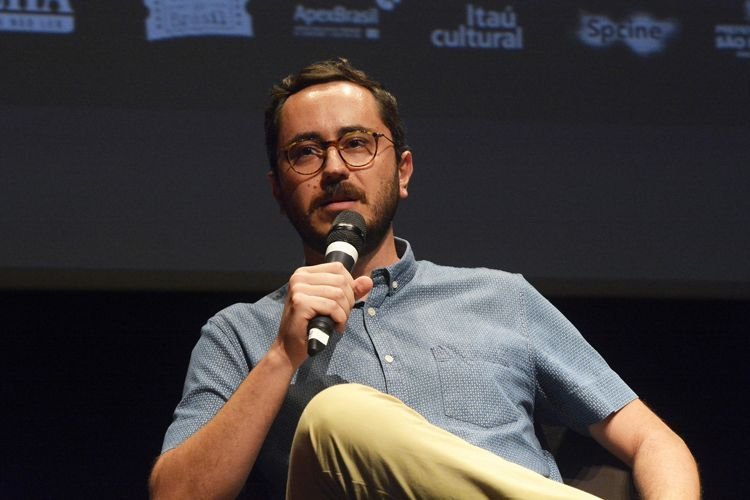 Instituto Itaú Cultural – I Fórum Mostra-Folha – Rumos do Cinema e do Audiovisual / Mesa 3 - A Crítica de Cinema na Era Virtual – Marcelo Hessel (crítico do Omelete)