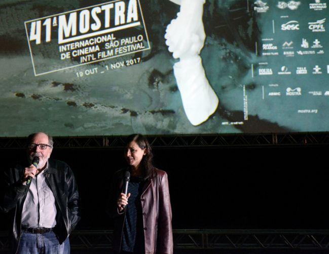 Vão Livre do Masp / Cacá Diegues (diretor) e Renata de Almeida (diretora da Mostra) apresentam a sessão do filme Quando o Carnaval Chegar