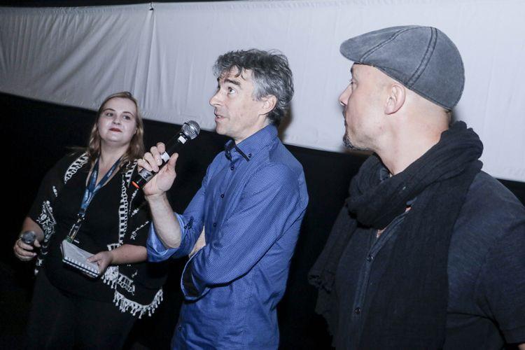 Espaço Itaú de Cinema - Frei Caneca 3 / Samuel Chalard, diretor do filme Favela Olímpica, e membros da equipe presentes na sessão