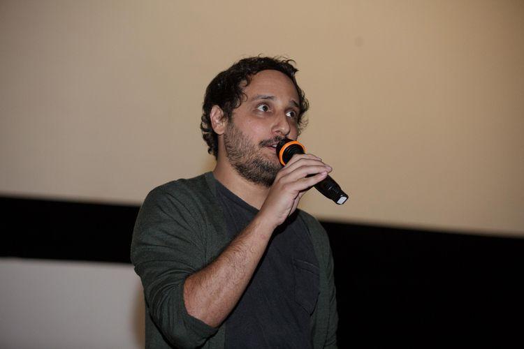 Cinesala / Pedro Coutinho, diretor de Todas as Razões Para Esquecer, apresenta seu filme