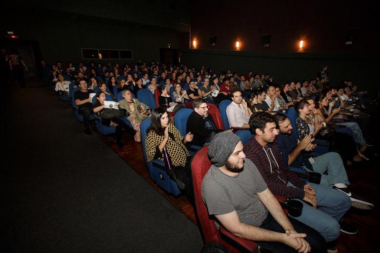 Cinesala / Público na sessão do filme Todas as Razões Para Esquecer, de Pedro Coutinho