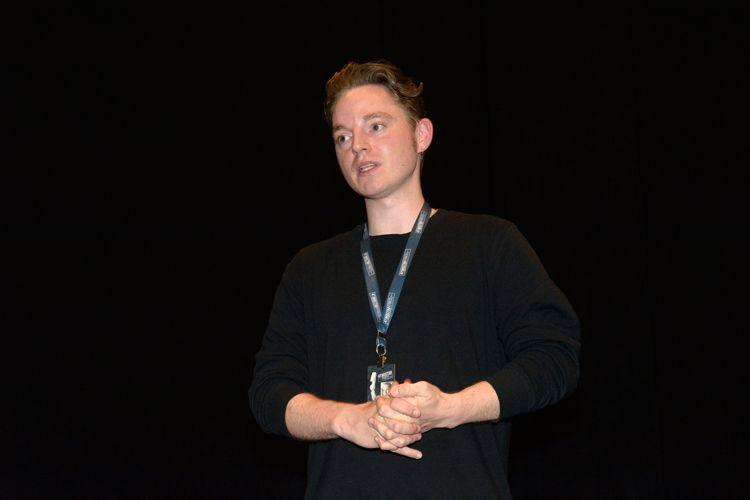 Instituto Moreira Salles – IMS / O diretor do filme Amantes, Niels Holstein Kaa, presente na sessão