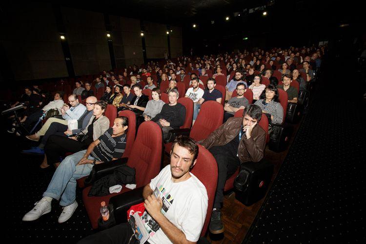 Cinearte 1 / Público na sessão do filme Aos Teus Olhos, de Carolina Jabor