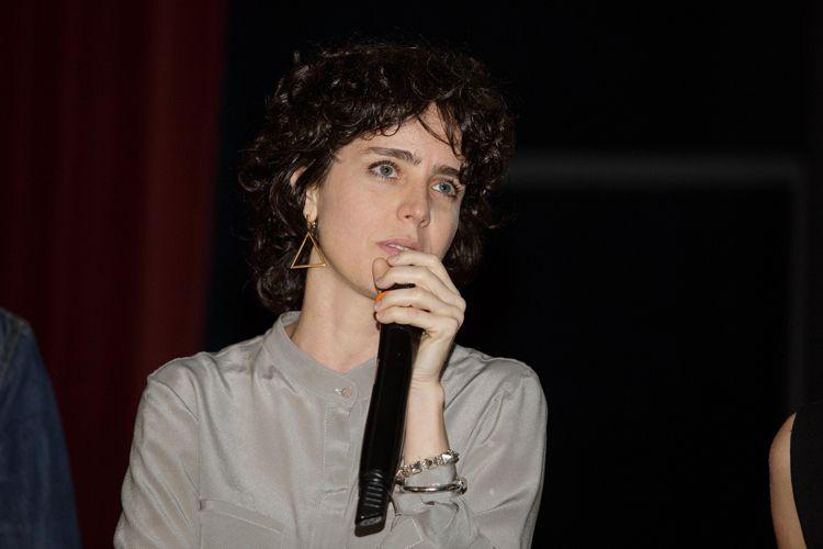 Cinearte 1 / Carolina Jabor, diretora de Aos Teus Olhos, conversa com o público antes da exibição de seu filme