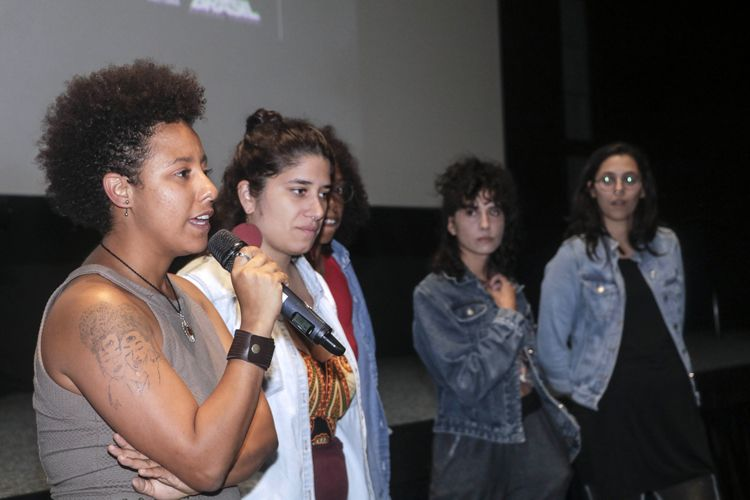 Cinesesc / Glenda Nicácio (diretora) e sua equipe apresentam a sessão do filme Café Com Canela, apresenta seu filme
