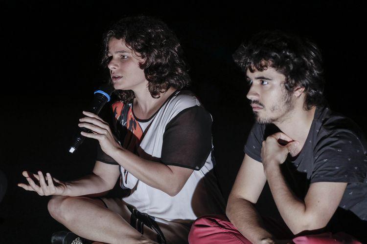 Cinesala / Julia Murat, diretora do filme Operações de Garantia da Lei e da Ordem, e Miguel Antunes Ramos, codiretor, conversam com o público antes da sessão