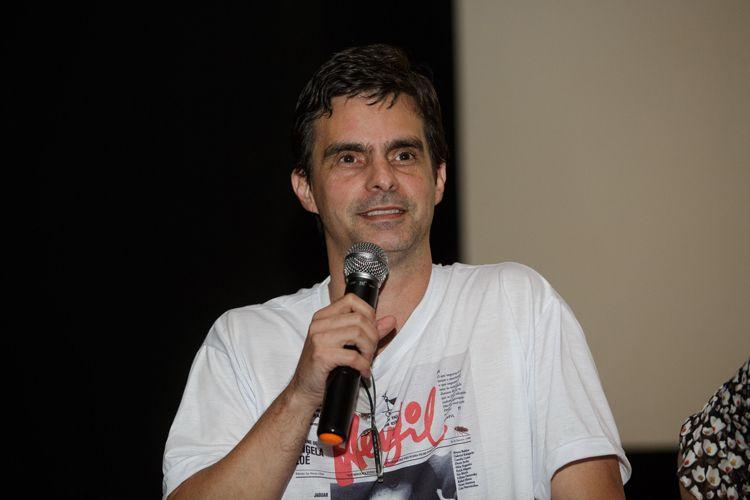 Espaço Itaú de Cinema – Augusta 1 / Filho do cartunista Henfil, o produtor cultural Ivan Cosenza de Souza fala ao público na sessão do documentário sobre seu pai