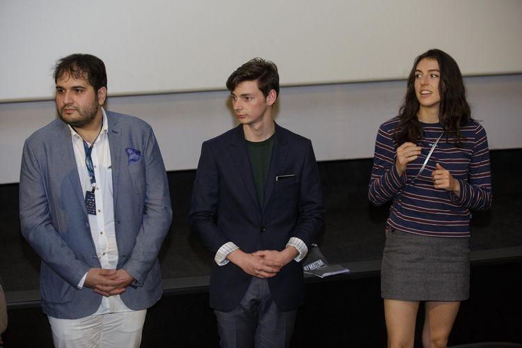 Espaço Itaú de Cinema – Frei Caneca 5 / Reza Dormishian, diretor de Cadeiras Brancas, e os atores Matthew Joils, e Emily Hurley no debate após a sessão do filme