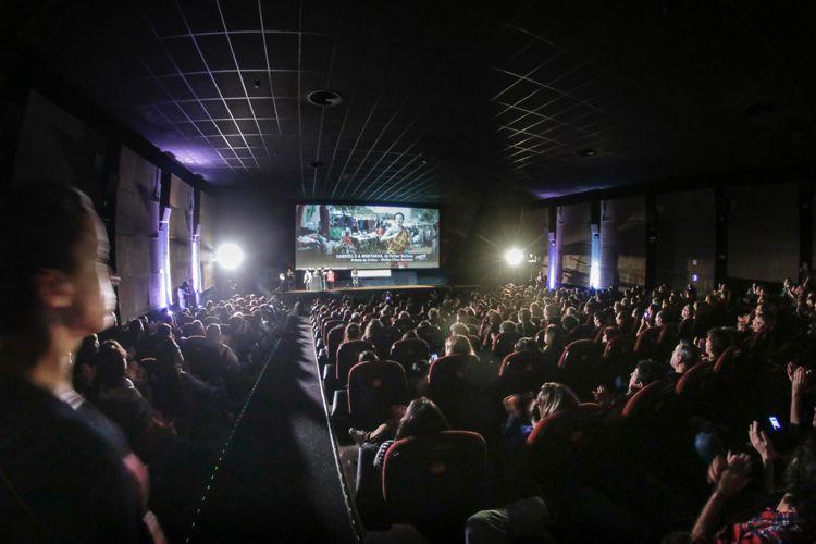 Cinearte 1 / Prêmio da Crítica de Melhor Filme Brasileiro para Gabriel e a Montanha, de Fellipe Barbosa (Brasil, França)