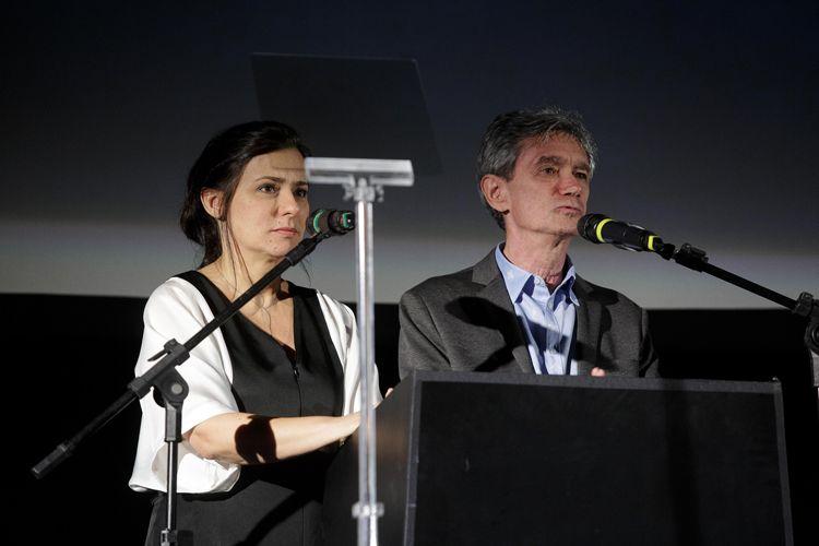 Cinearte 1 / Renata de Almeida e Serginho Groisman anunciam o Prêmio do Público de Melhor Documentário Internacional para o filme Visages, Villages, de Agnès Varda e JR (França)