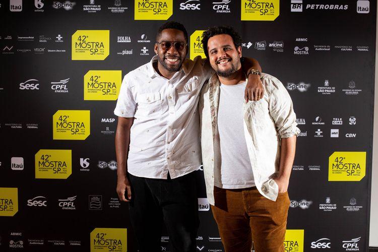 42ª Mostra Internacional de Cinema/São Paulo Int`l Film Festival - Lázaro Ramos e Thiago Gomes, diretores do filme Bando, Um filme de: