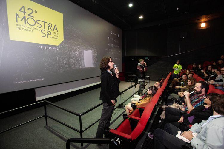 Reserva Cultural 1/ 42ª Mostra Internacional de Cinema/São Paulo Int`l Film Festival - Flávia Castro apresenta o filme Deslembro