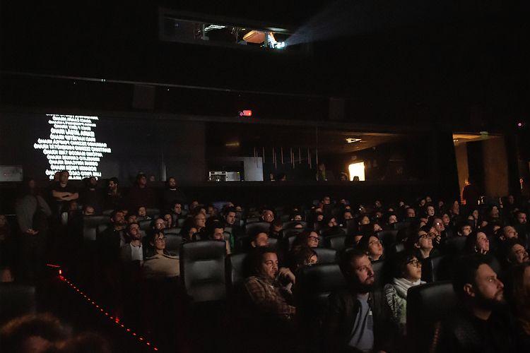 CineSesc/ 42ª Mostra Internacional de Cinema/São Paulo Int`l Film Festival - Apresentação do filme Chuva É Cantoria na Aldeia dos Mortos
