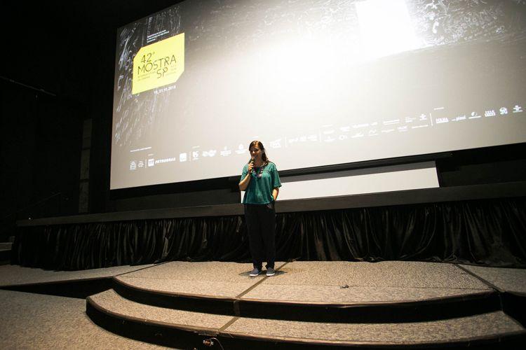 CineSesc/ 42ª Mostra Internacional de Cinema/São Paulo Int`l Film Festival - Renata de Almeida apresenta o filme O Estado contra Mandela e os Outros