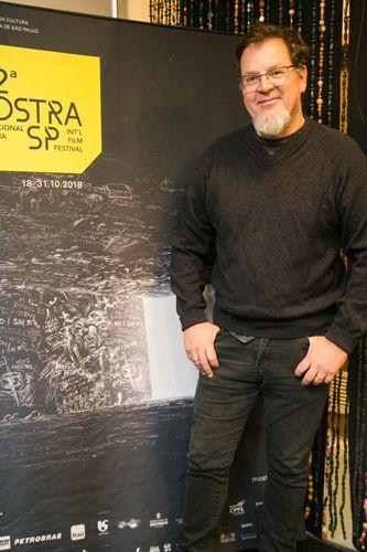 42ª Mostra Internacional de Cinema/São Paulo Int`l Film Festival - Tadeu Jungle, diretor do filme Ocupação Mauá