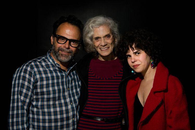 42ª Mostra Internacional de Cinema/São Paulo Int`l Film Festival - Tavinho Teixeira, diretor, Vera Barreto Valdez, atriz, e Mariah Teixeira, co-diretora, do filme Sol Alegria