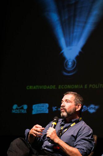 Itaú Cultural/ 42ª Mostra Internacional de Cinema/São Paulo Int`l Film Festival/ II Fórum Mostra - Mesa 2 - Do texto ao filme: as relações entre cinema e literatura - Sérgio Tréfaut (diretor)