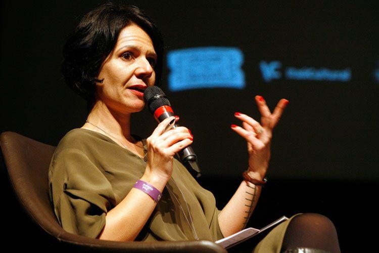 Itaú Cultural/ 42ª Mostra Internacional de Cinema/São Paulo Int`l Film Festival/ II Fórum Mostra - Mesa 8 - Sustentabilidade da cultura: entre o público e o privado - Ana Letícia Fialho (mediadora)