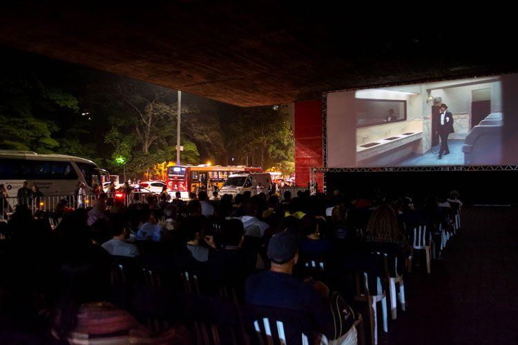 Vão Livre do MASP / 42ª Mostra Internacional de Cinema/São Paulo Int`l Film Festival - Exibição do filme Ópera do Malandro de Ruy Guerra