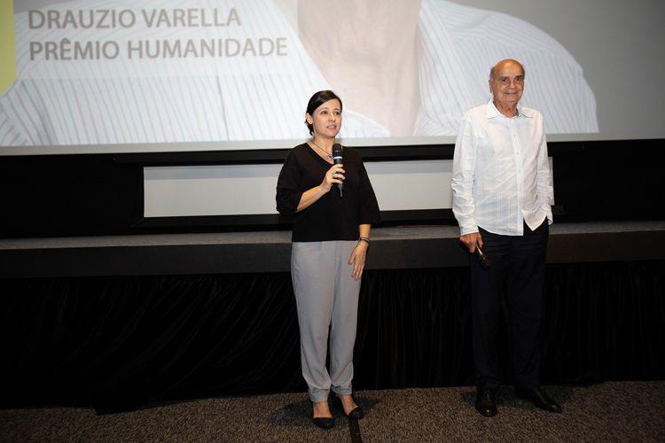 Cinesesc/ 42ª Mostra Internacional de Cinema/São Paulo Int`l Film Festival -  Entrega do Prêmio Humanidade para Dráuzio Varella com exibição dos filmes Conversa com Ele e Pixote - Renata de Almeida e Dráuzio Varella