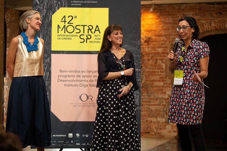 Cinemateca Brasileira/ 42ª Mostra Internacional de Cinema/São Paulo Int`l Film Festival - Entrega do Prêmio Olga Rabinovich. Josephine Burgois, Olga Rabinovich e Índigo Ayer