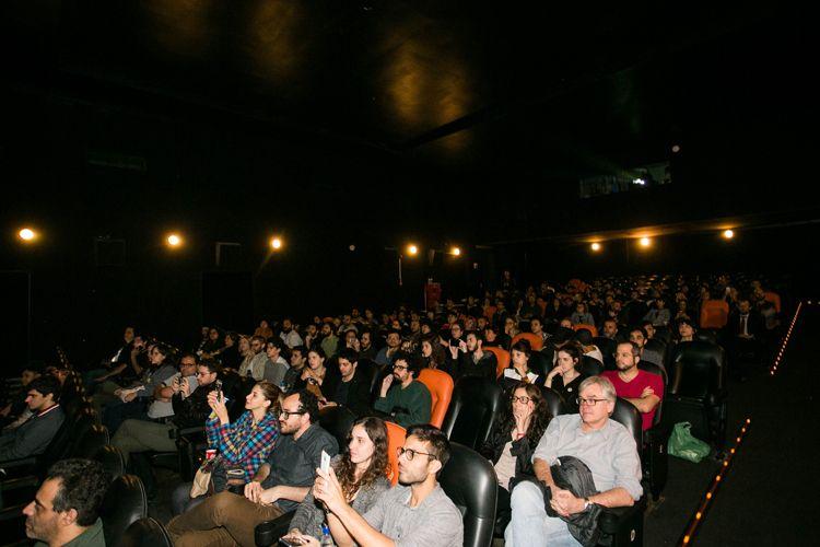 Espaço Itaú de Cinema Augusta/ 42ª Mostra Internacional de Cinema/São Paulo Int`l Film Festival - Apresentação do filme Central do Brasil com o diretor Walter Salles, elenco e equipe