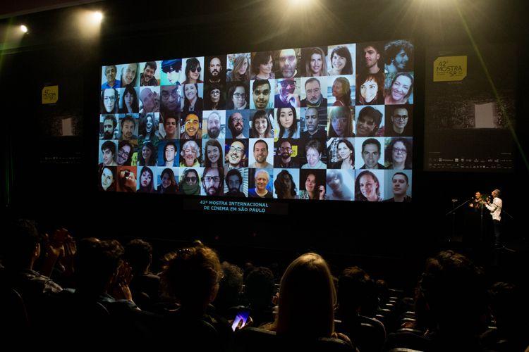 Auditorio Ibirapuera/ 42ª Mostra Internacional de Cinema/São Paulo Int`l Film Festival - Cerimônia de Premiação e Encerramento - Na tela: equipe da 42ª Mostra, vencedor do Prêmio Leon Cakoff