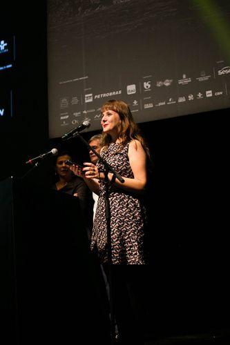 Auditorio Ibirapuera/ 42ª Mostra Internacional de Cinema/São Paulo Int`l Film Festival - Cerimônia de Premiação e Encerramento - Isabel Wittman anuncia o vencedor do prêmio ABRACCINE