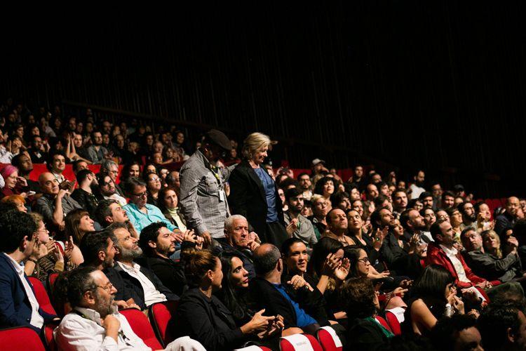 Auditorio Ibirapuera/ 42ª Mostra Internacional de Cinema/São Paulo Int`l Film Festival - Cerimônia de Premiação e Encerramento -  Nuno Godolphim, produtor e Rita Sipahi recebem o Prêmio Petrobras de Melhor Documentário Brasileiro pelo filme Torre das Donzelas