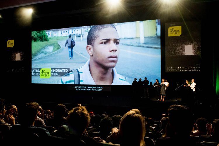 Auditorio Ibirapuera/ 42ª Mostra Internacional de Cinema/São Paulo Int`l Film Festival - Cerimônia de Premiação e Encerramento - Na tela: Sócrates, filme vencedor de Menção Honrosa do Júri