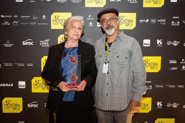 42ª Mostra Internacional de Cinema/São Paulo Int`l Film Festival - Cerimônia de Premiação e Encerramento - Rita Sipahi, entrevistada, e Nuno Godolphim, produtor do filme Torre das Donzelas